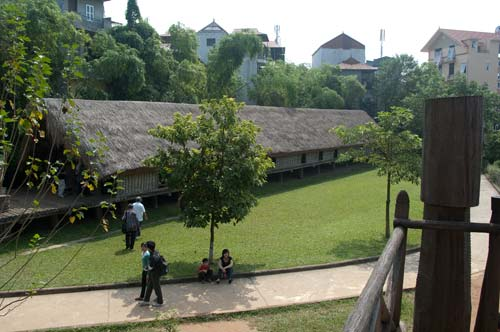 Ede Communal House