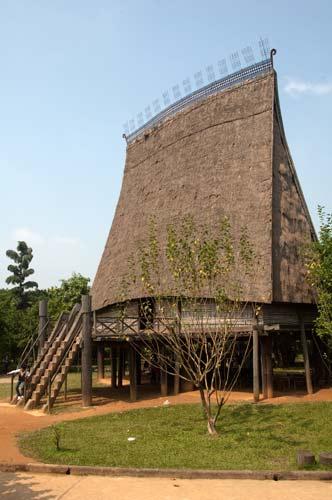 Sedang Communal House