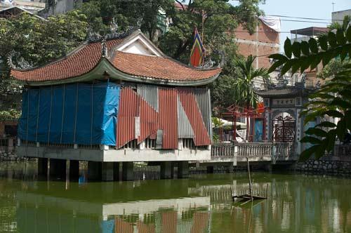 Pagoda in Lake