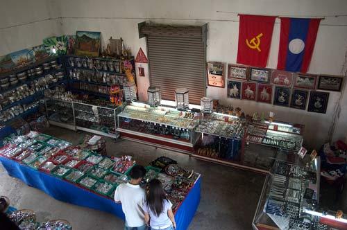 Souvenir shop, Patuxay, Vientiane, Laos