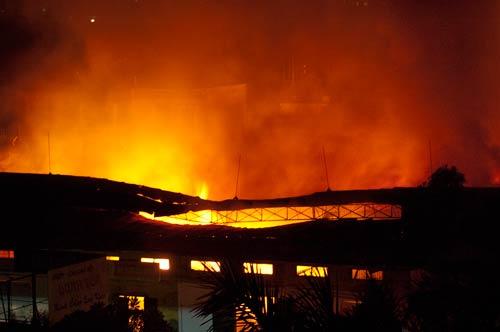 warehouse fire on Ngo 175 Cau Giay, Hanoi, Vietnam