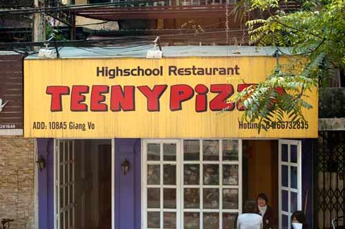 Teeny Pizza, Hanoi, Vietnam