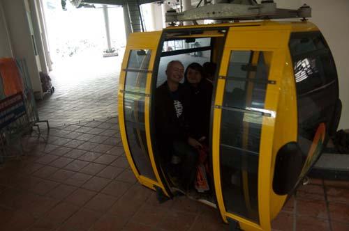 cable car to Perfume Pagoda