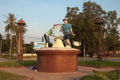 statue of salt workers, Kampot, Cambodia