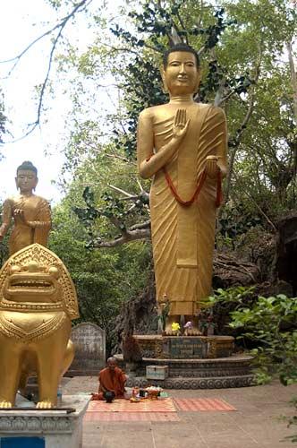 giant Buddha, Phnom Sampeu