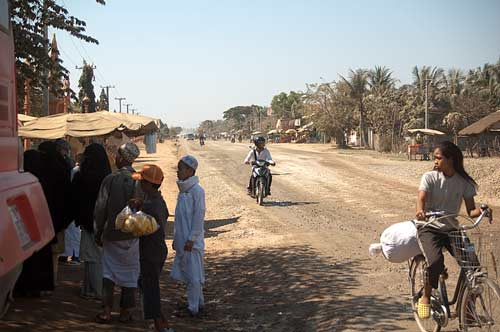 highway from Kep to Phnom Penh, Cambodia