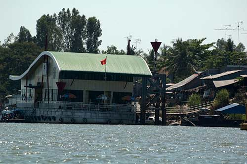 Vietnam Customs, Mekong River