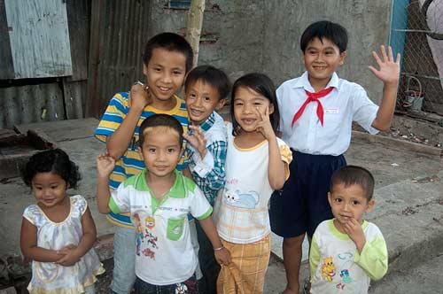 children, Chau Doc, Vietnam