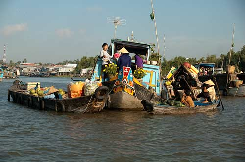 floating market, Chau Doc, Vietnam