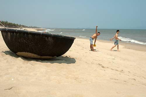 coracle, Hoi An, Vietnam