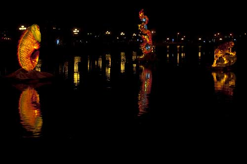 sculpture on Thu Bon River, Hoi An, Vietnam
