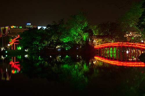 Hoan Kiem Lake at night, Hanoi, Vietnam