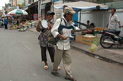street musicians, Ho Chi Minh City, Vietnam