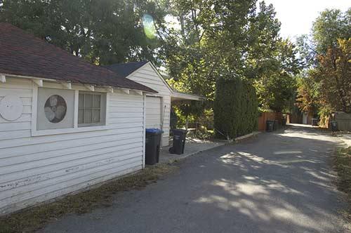 alley behind Water Street, Kelowna, BC