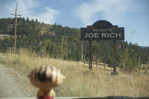 Joe Rich sign