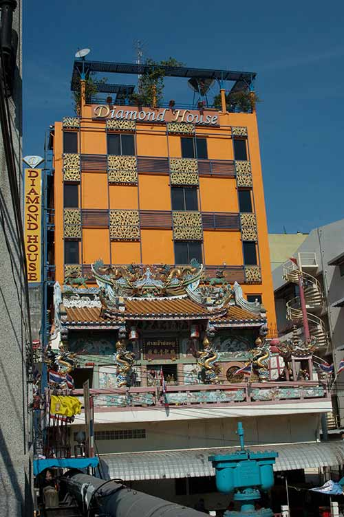 contrasting building styles, Bangkok, Thailand