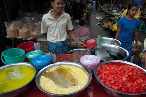 Street Market Drink Vendor, Yangon
