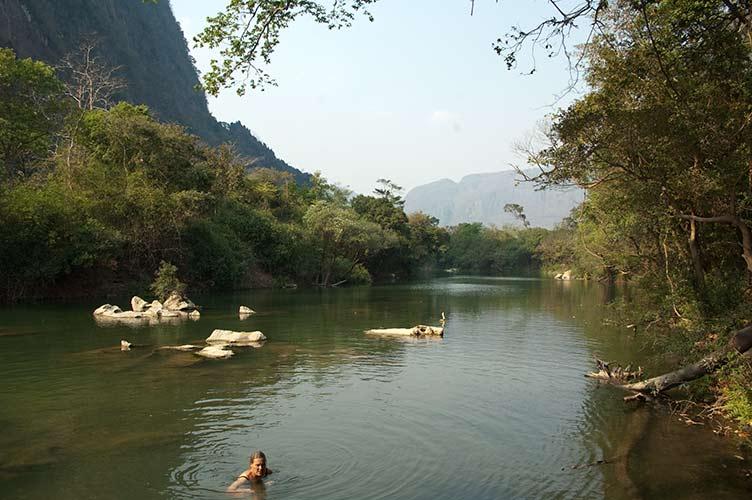 Tha Falang, Laos