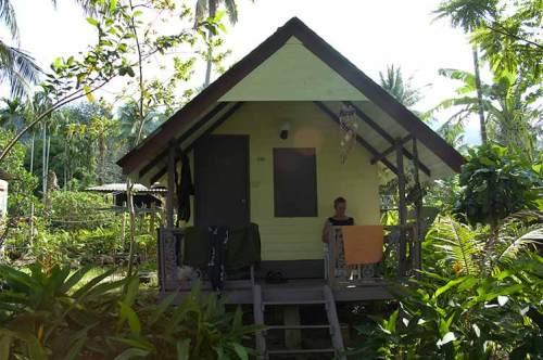 Vanalee Resort bungalow, Bai Lan, Koh Chang, Thailand