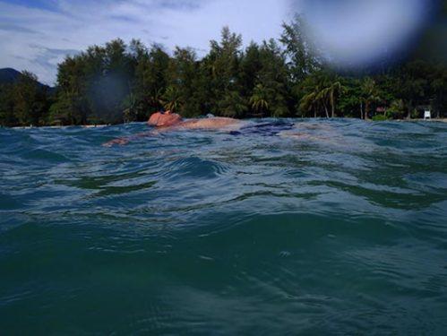 Kelly floating, Khong Prao, Koh Chang, Thailand