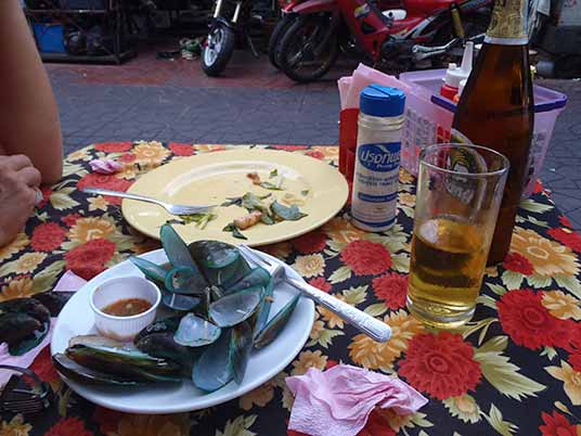 mussels and beer, Bangkok, Thailand