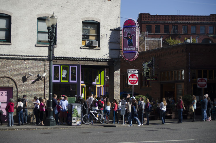 line-up at Voodoo Donuts, Portland