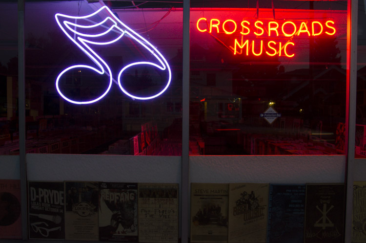 Crossroads Music, Portland, Oregon