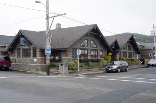 Morris' Fireside Restaurant, Cannon Beach, Oregon