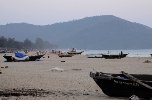 agonda-beach-boats-1