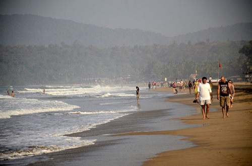 agonda-beach-morning-walk
