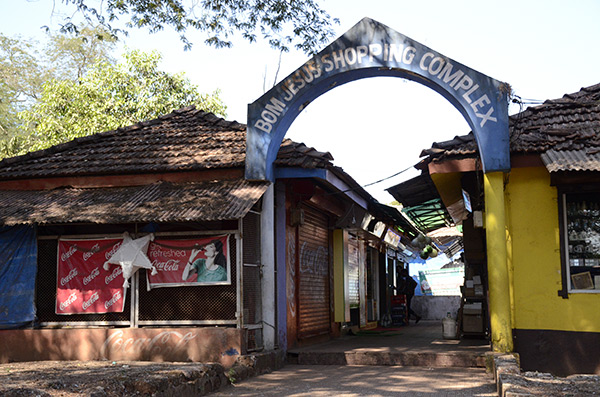 old-goa-shopping