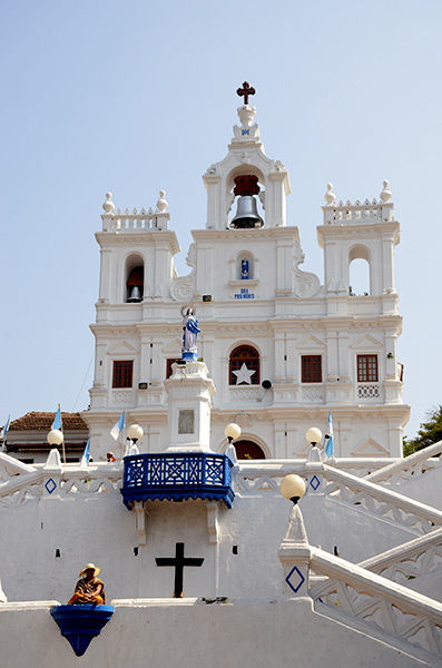 panjim-cathedral-day