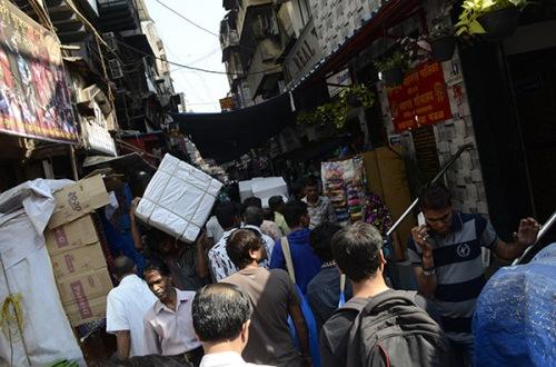 street-bazaar-2