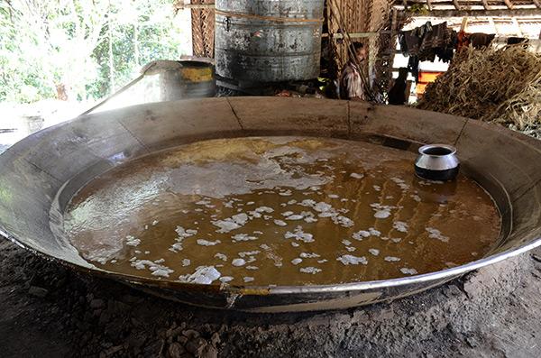 chinnar-sugar-pot