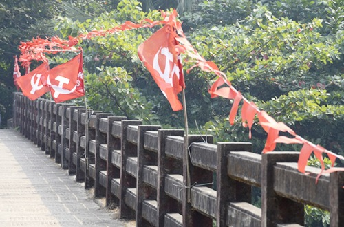 kannur-bridge-flags