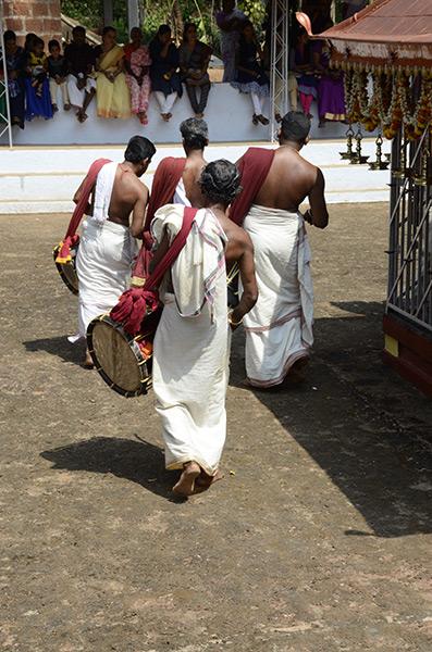 kannur-theyyam-drums-1