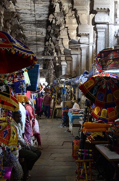 madurai-bazaar-fabrics