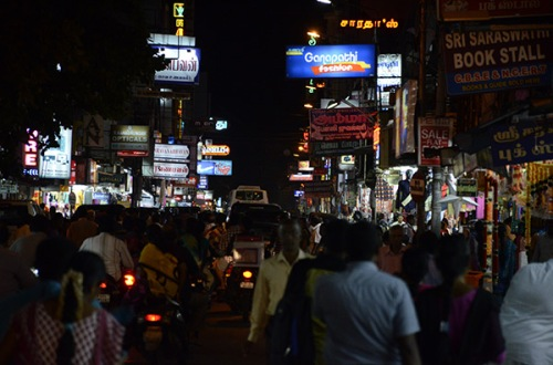 pondy-night-street-signs