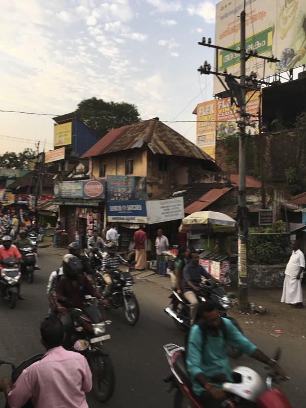 somewhere between Trivandrum and Kanyakumari, India via bus