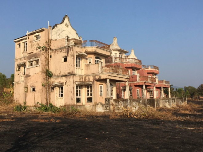 Abandoned Hotel near Agonda Beach